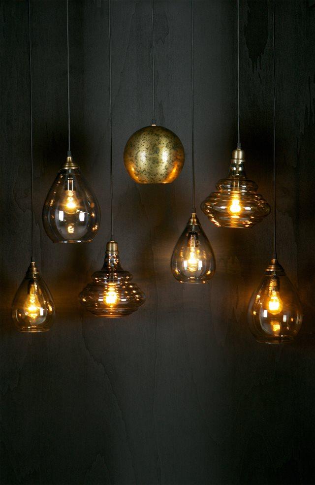 Trend: Glazen hanglampen voor een sfeervol interieur