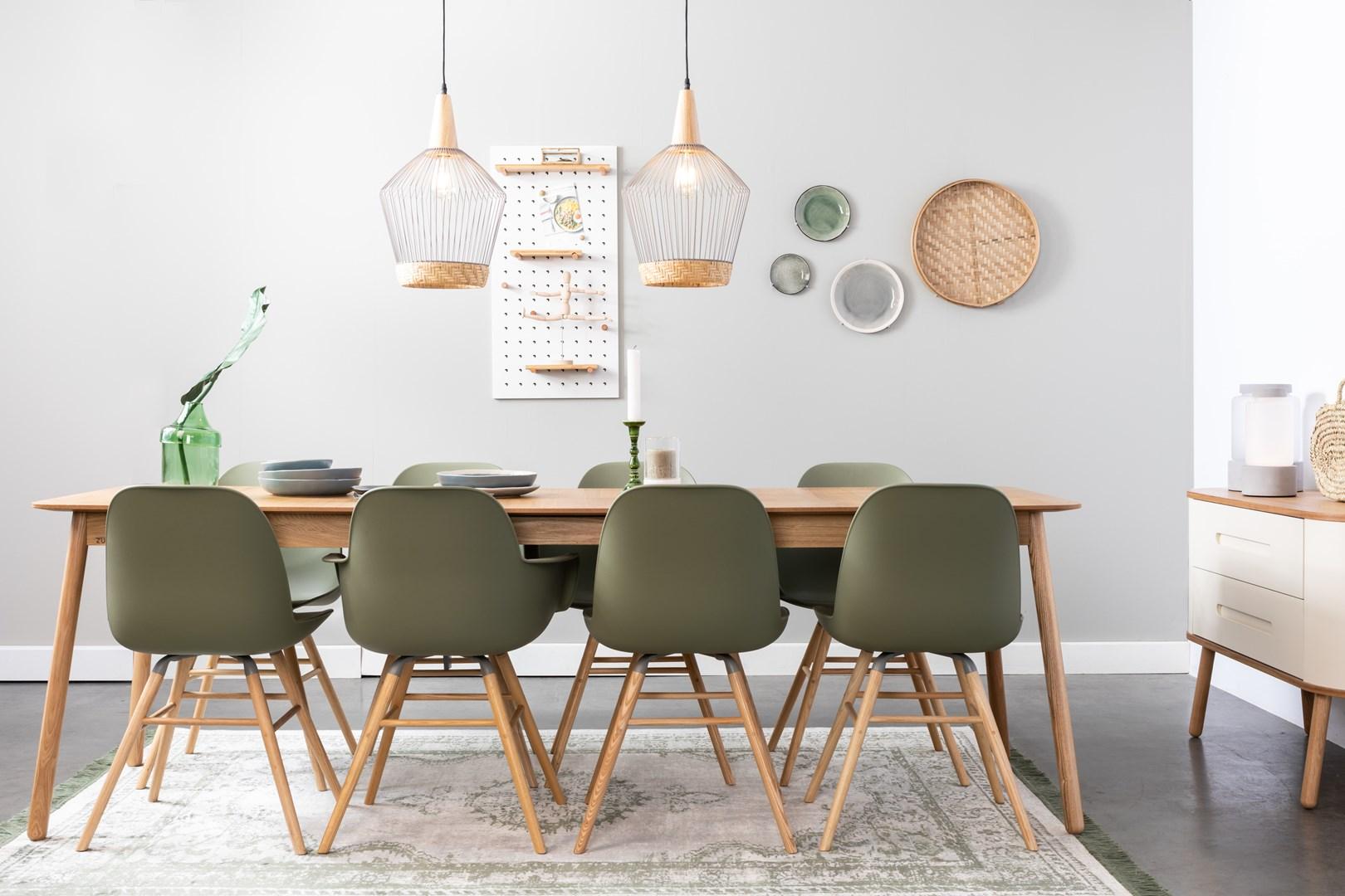 Deze Uitschuifbare Eettafel Maakt Plaats Voor 10 Personen