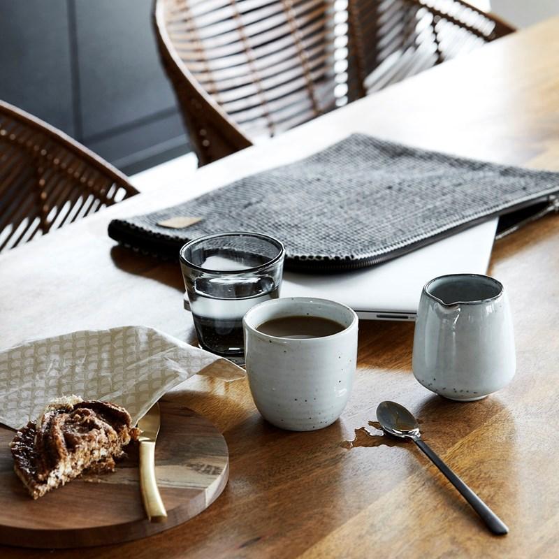 maak je gedekte eettafel compleet met house doctor servies. Black Bedroom Furniture Sets. Home Design Ideas